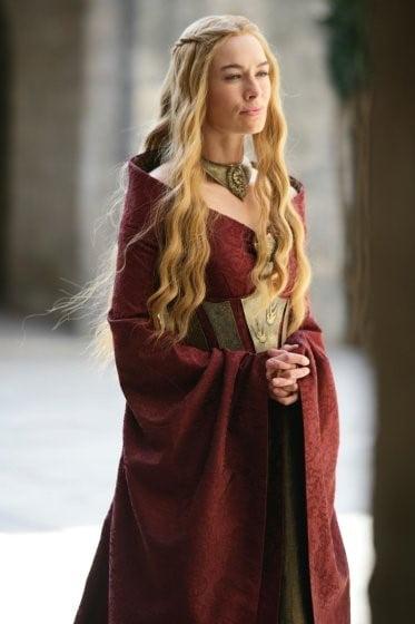 Fotografia da personagem Cersei, da família Lannister.