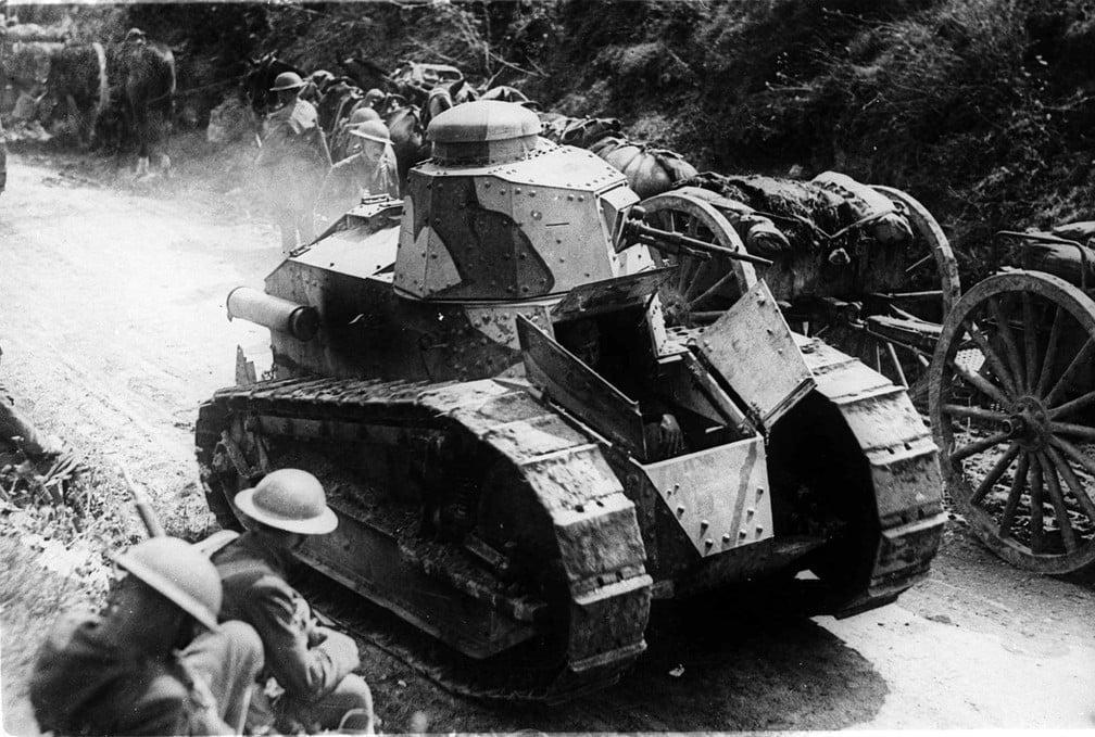 Imagem de Tanque de Guerra utilizado na Primeira Guerra Mundial.