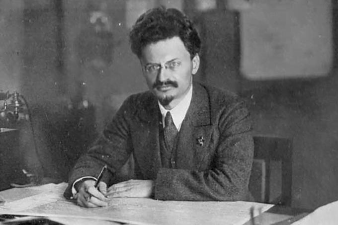 Foto de Trotski, um dos participantes da Revolução Russa.